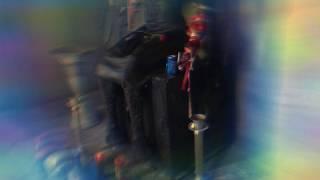 Angelito Negro (El Diablo vestido de mariachi) y Belcebú (El Señor de las Moscas)