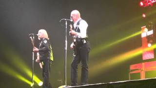 03 Status Quo - The Wanderer - Newcastle Arena 16.12.11 HD