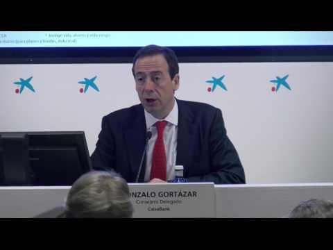 Resumen presentación de resultados de Caixabank por Gonzalo Cortázar, Consejero Delegado de Caixabank. Los resultados de Caixabank han sido positivos gracias a la integración de BPI, la entidad ha aumentado el beneficio más de un 40% en el primer trimestre.