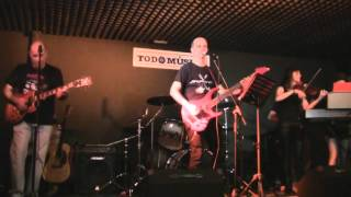 """""""Mony Mony"""" (Tommy James & The Shondells) - cover by QUO"""