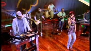Bossacucanova feat. Cris Delanno - Água de Beber (Som Brasil)