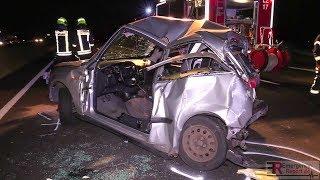 [SCHWERER UNFALL AUF DER A57 BEI NEUSS]- LKW krachte in Auto   Eine Person eingeklemmt   2 Verletzte