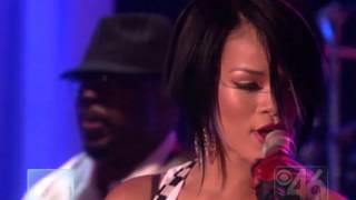 Rihanna - Shut Up and Drive (Live @Ellen 13- 09- 2007)