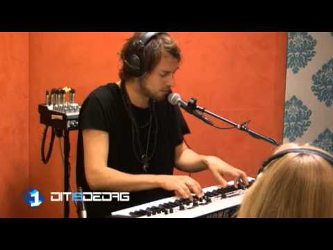 kensington-ghosts-acoustic-radio-1-fansingtons