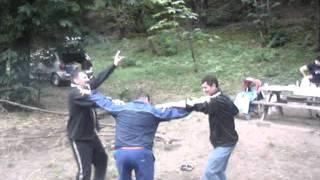 Distractie cu fratii mei in anul 2009.postat de Adrian Dinca.MPG