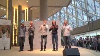 """Bobby McFerrin & Cadence - Improv of """"I Wish"""" by Stevie Wonder"""