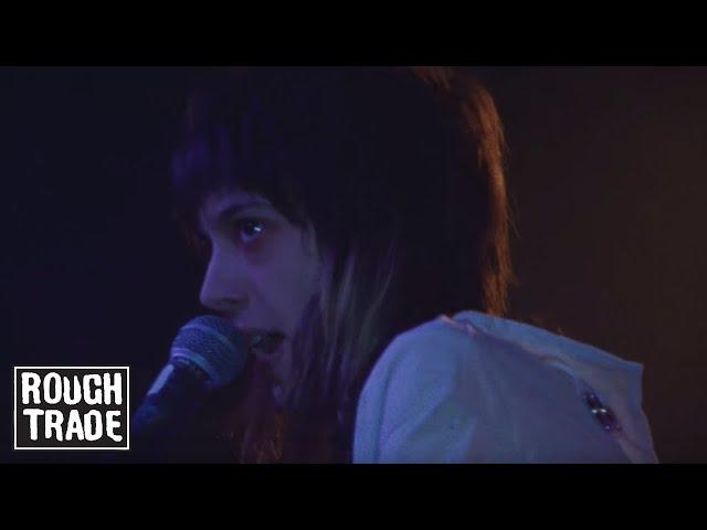 Videoclip oficial de la canción Ants de Starcrawler
