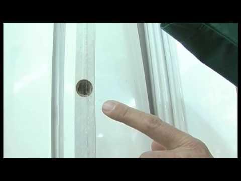 Come montare i reggimensole a scomparsa fai da te mania for Ikea mensole da muro