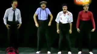 Julio Iglesias & Tricicle Soy un truhan, soy un senor