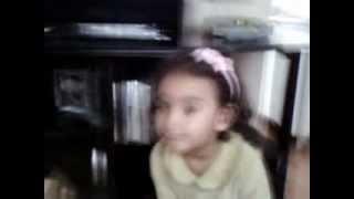 menina de 2 anos dançando  funk