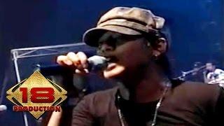 Tipe-X - Hujan (Live Konser Palembang 29 Oktober 2006)