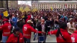 Sacan a conservadores de marcha controlada de la extrema izquierda en Bogotá