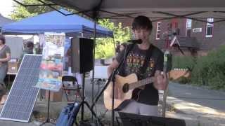 """Sam Levin plays his original """"Creek Song"""" at Hastings Flea"""