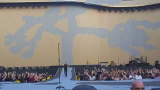 U2-intro The Joshua tree tour live in London (09/07/2017)