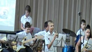 Эстрадный оркестр БРИЗ