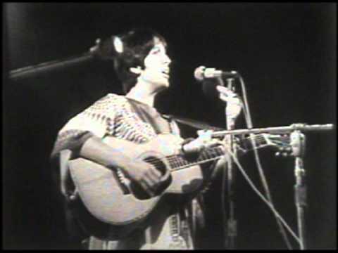 Joan Baez - Me and Bobby McGee Chords - Chordify