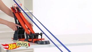 Ride the Rails | Hot Hacks | Hot Wheels