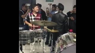 Pancho Barraza Ft Remmy Valenzuela - Tocando Algo Divertido Como Niños 😂
