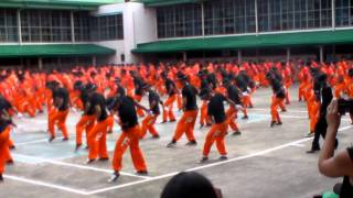 Dancing Inmates: Michael Jackson Billy Jean Remix