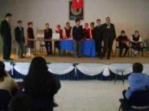 Okul meclis başkanlığı seçiminde müdür beyin konuşması