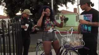 TRINIDAD JAMES-ALL GOLD EVERYTHING - ALL SWAGG EVERYTHING (QU33N) OFFICIAL MUSIC VIDEO FT TI 2CHAINZ
