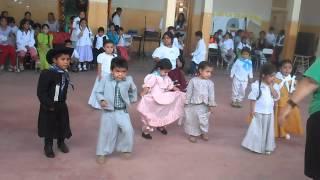 mi chiquita bailando :) ♥♥