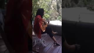 """""""El pájaro""""; Lhasa de Sela ..Paula Elgueta (canto y guitarra); Sábado 03 de Diciembre, 2016.."""