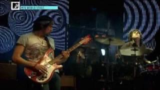 Kasabian - Club Foot (Live 2009)