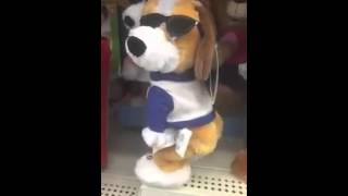 Boneca dançando Funk