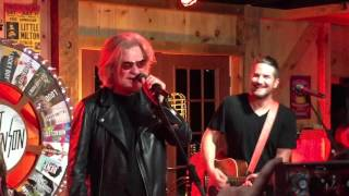 Matt Nathanson & Daryl Hall - Car Crash - Daryl's House - 10/2/15