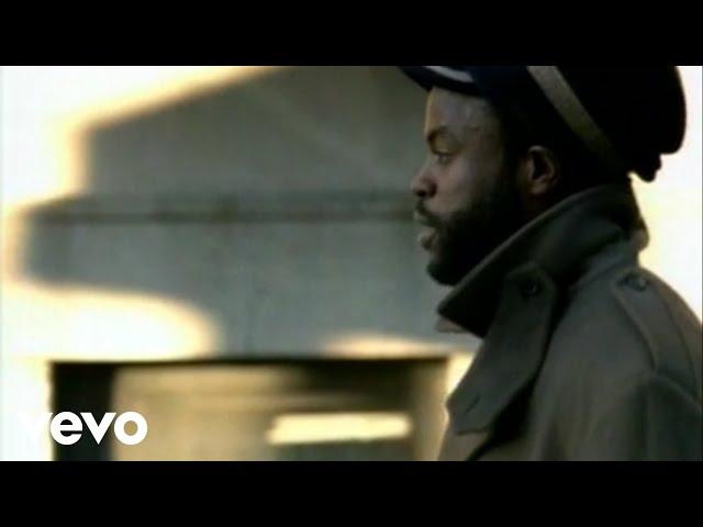 Video oficial de you got me de Erykah badu and the roots