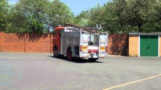 Hampshire Fire Service - Dennis D Series Blues & Two's