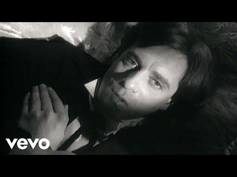 Think Im In Love de Eddie Money Letra y Video
