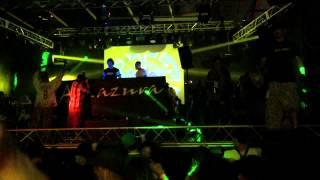 Psyko Punkz vs Headhunterz - Disrespect (live)