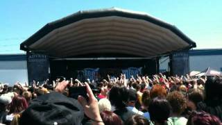 Miss May I - Masses Of A Dying Breed (Live @ Warped Tour Toronto 2011)