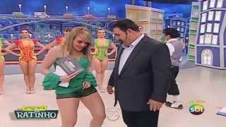 Valentina mostrando a Xana no Ratinho
