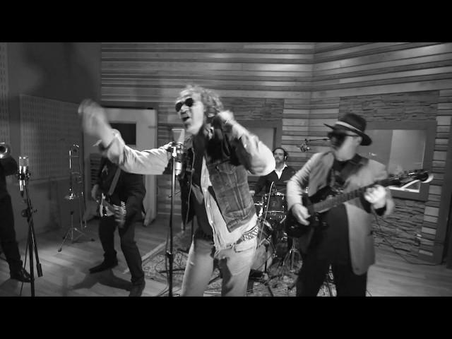 Video oficial de Tu Nombre de Juanthomas