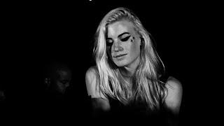 Anabel Englund - Reverse Skydiving (Live at Felder Felder LFW SS15 Party)