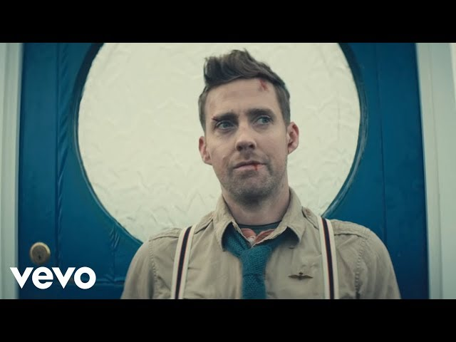"Video oficial de ""Coming home"" de Kaiser Chiefs"