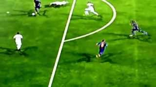Iker Casillas knocking Barcelona player