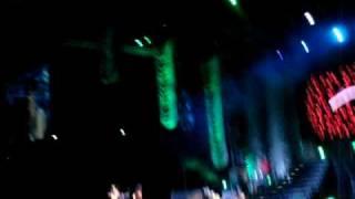 RIHANNA SG TOUR LIVE 2008-Please don't stop the music part 1
