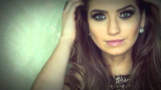 Lyric Video - Mais que Vencedor - Camila Campos feat. Pregagor Luo