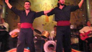 seara greceasca la taverna in ATENA REVELION