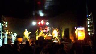GRITO ROCK 2013! João Monlevade / Verso Venenoso Ao Vivo - Cultura de rua (video amador)