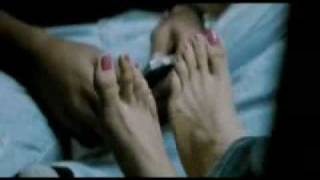 trisha feet touched by simbu and kissed