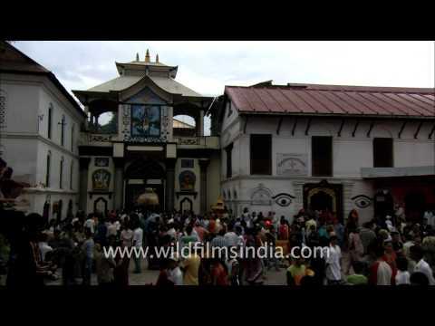 Pashupatinath, the Holiest Hindu Temple