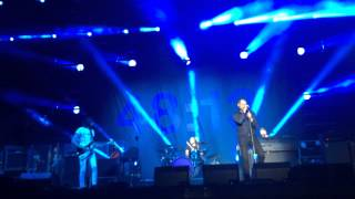 Kasabian - Stevie (at Blended Festival Dubai 2015)