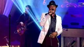 Aloe Blacc I Need A Dollar Graham Norton Show May 2011