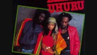 Black Uhuru vs. Augustus Pablo - Cassava Piece vs. Guess Who's Coming To Dinner