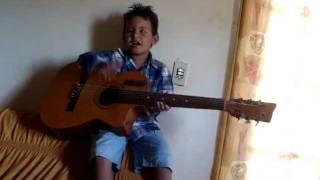 Juninho cantando vou voar (Luan Santana)